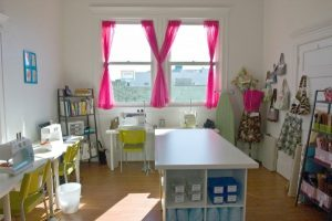 How-to Declutter and Organize The Craft Room