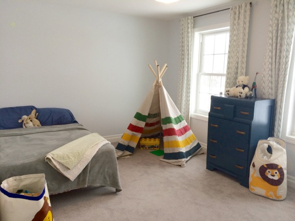 Minimalist Kids Room 2