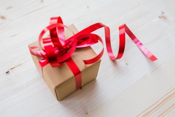 41 Non-Toy Gift Ideas for Children