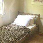 Minimalist Cabin Home Tour – Kalin