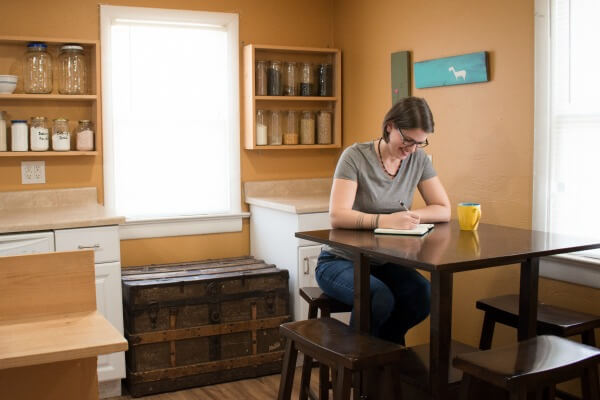 A Day in the Life of a Minimalist Entrepreneur